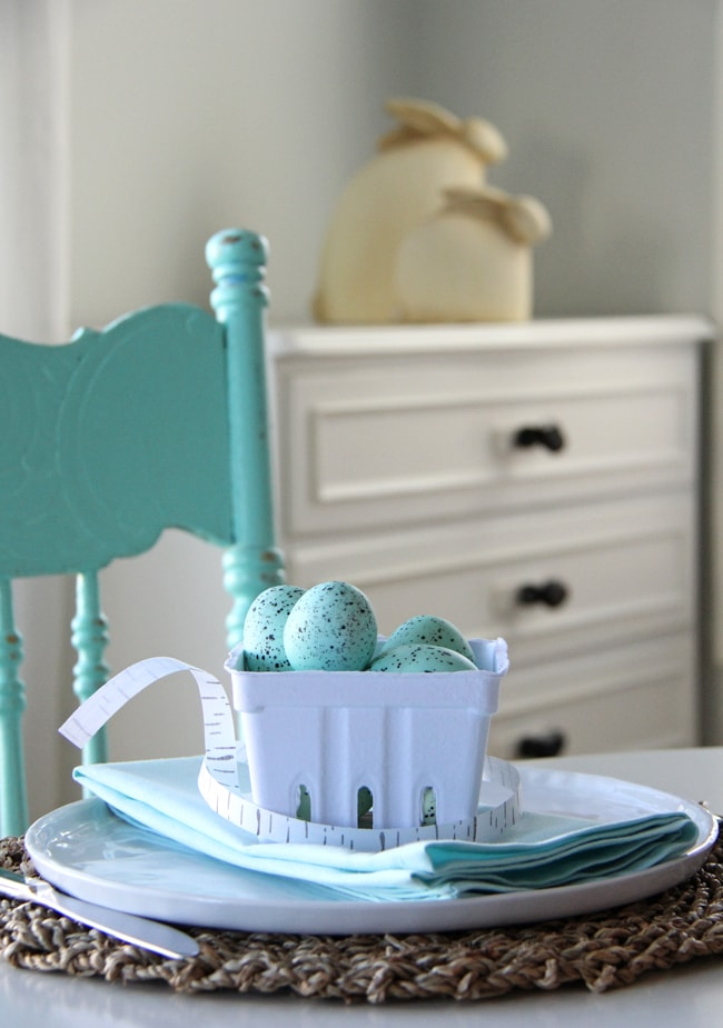 Robin's Egg Blue Easter Table Setting {A Pretty Life}3