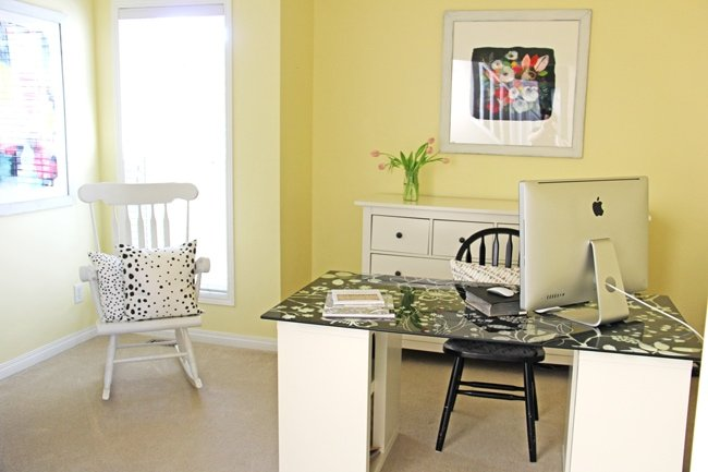 Sunny and Cheerful Office Space 5