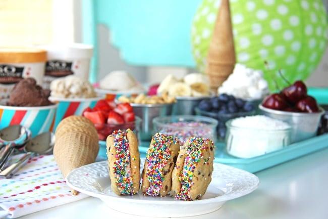 Summer Frozen Dessert Party {A Pretty Life}7