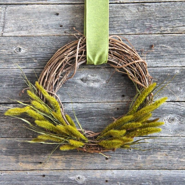 Simple Fall Grass Wreath