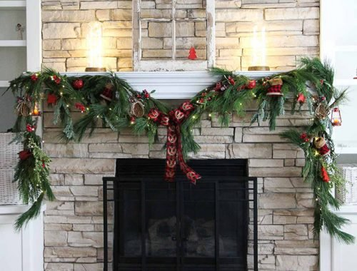 Make a Festive Christmas Mantel Swag!