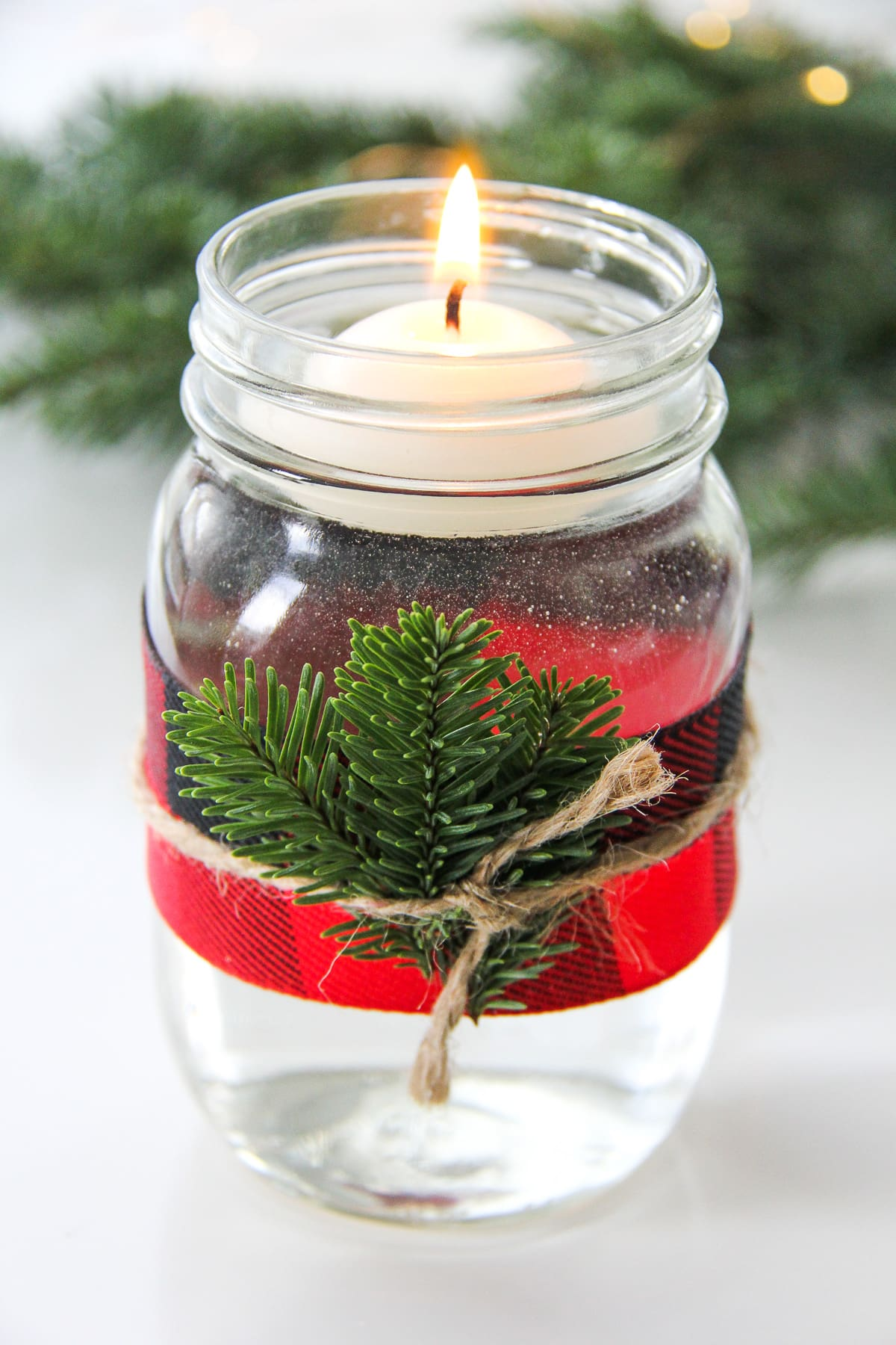 5 Minute Christmas Mason Jar Candles A Pretty Life In The Suburbs