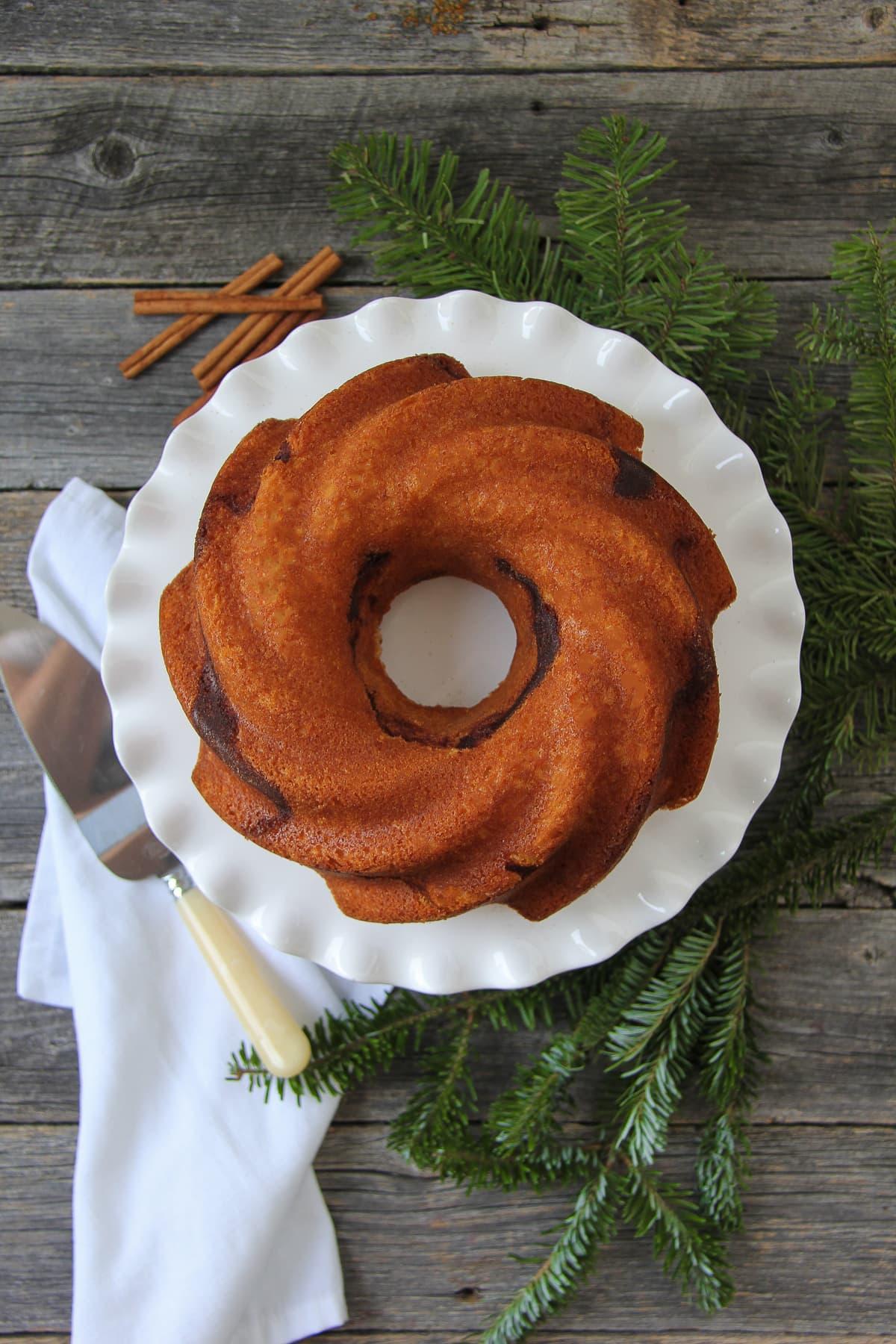 cinnamon-swirl-bundt-cake-3