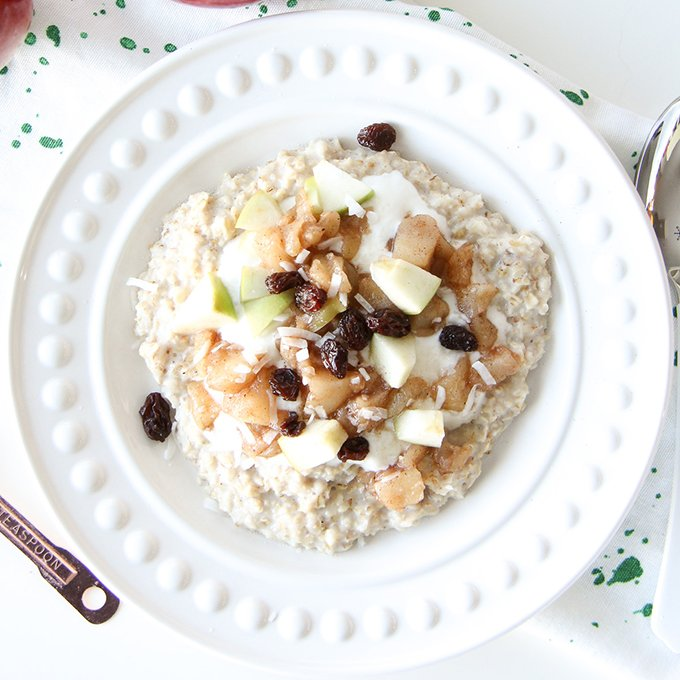 5 Minute Apple Pie Oatmeal