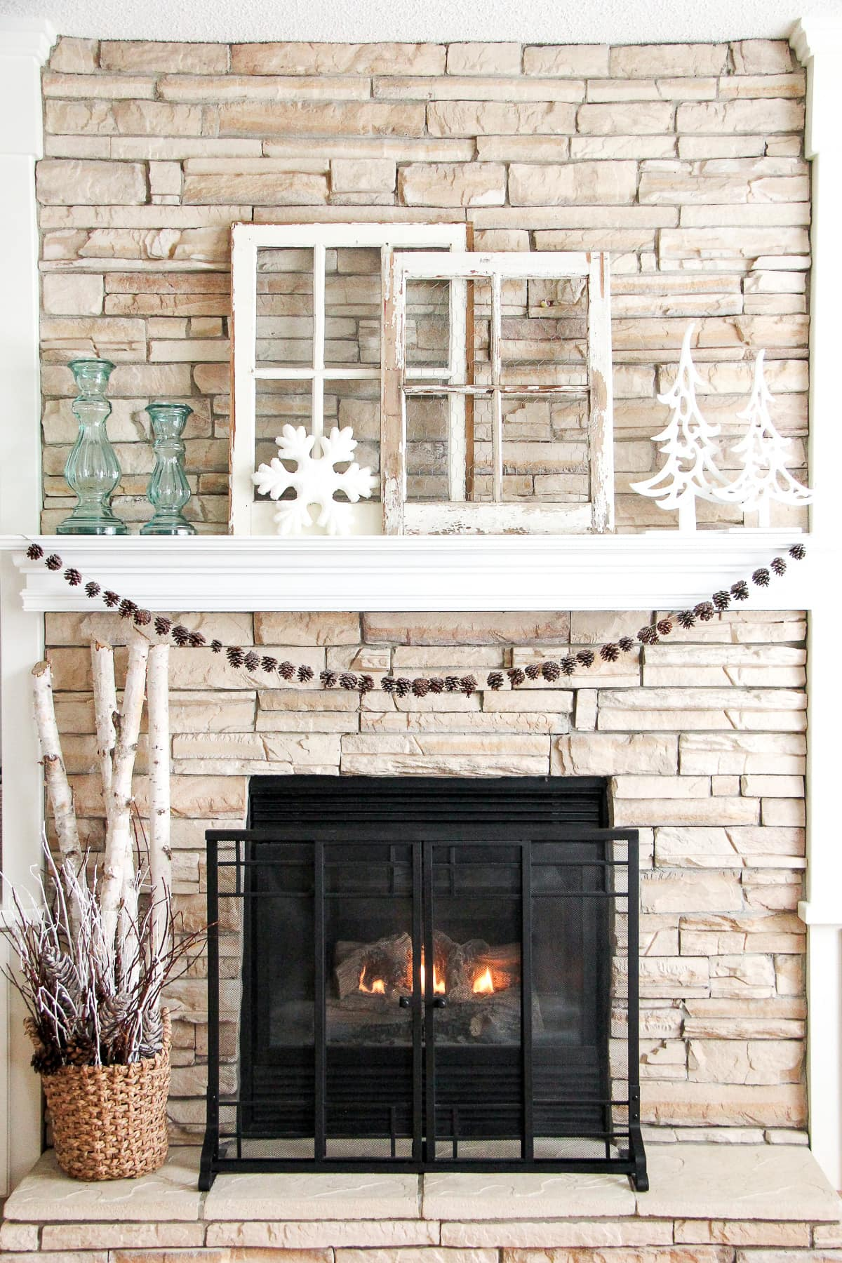Winter Living Room Decorating