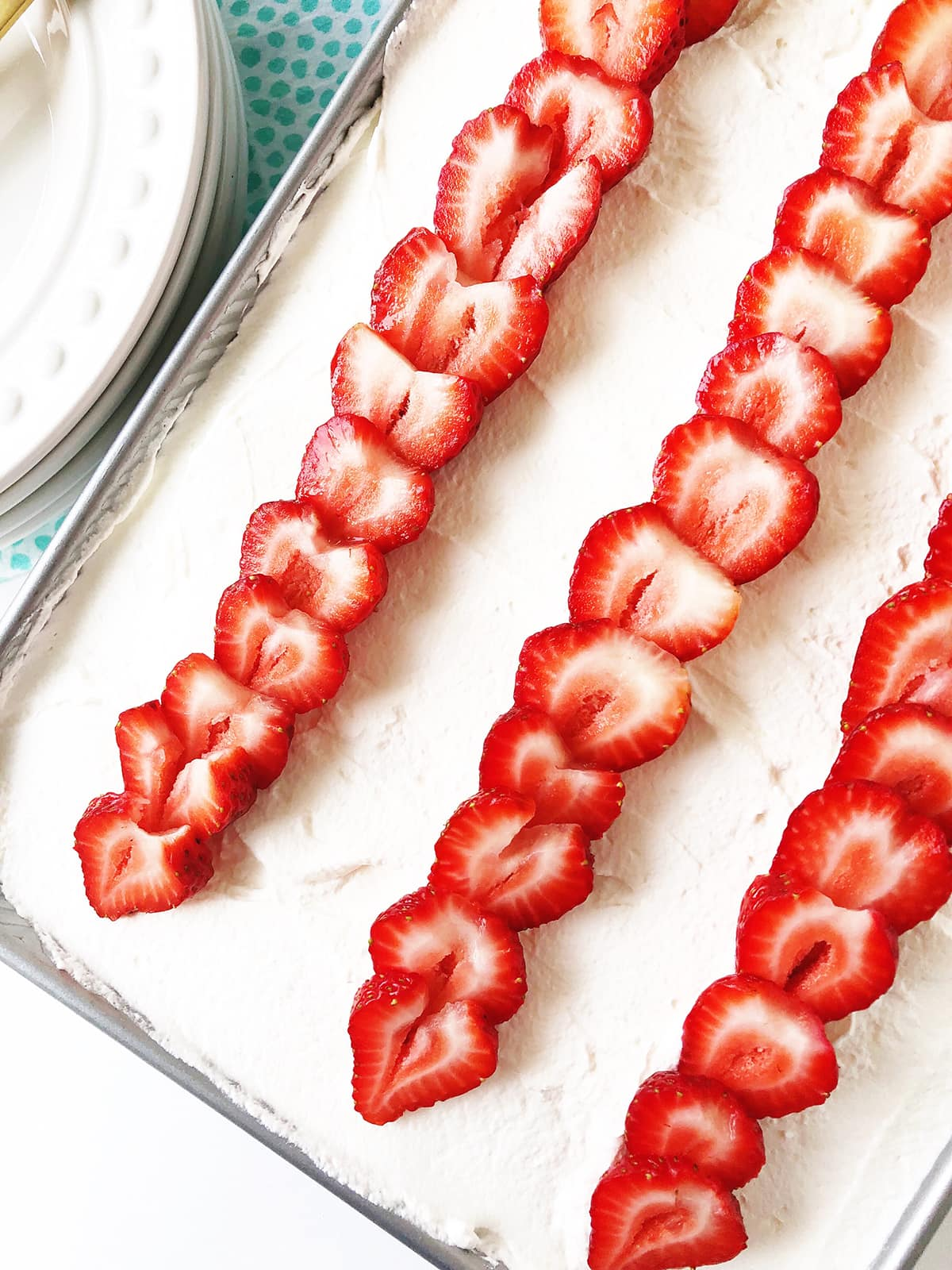 Easy Strawberry Jello Poke Cake Recipe