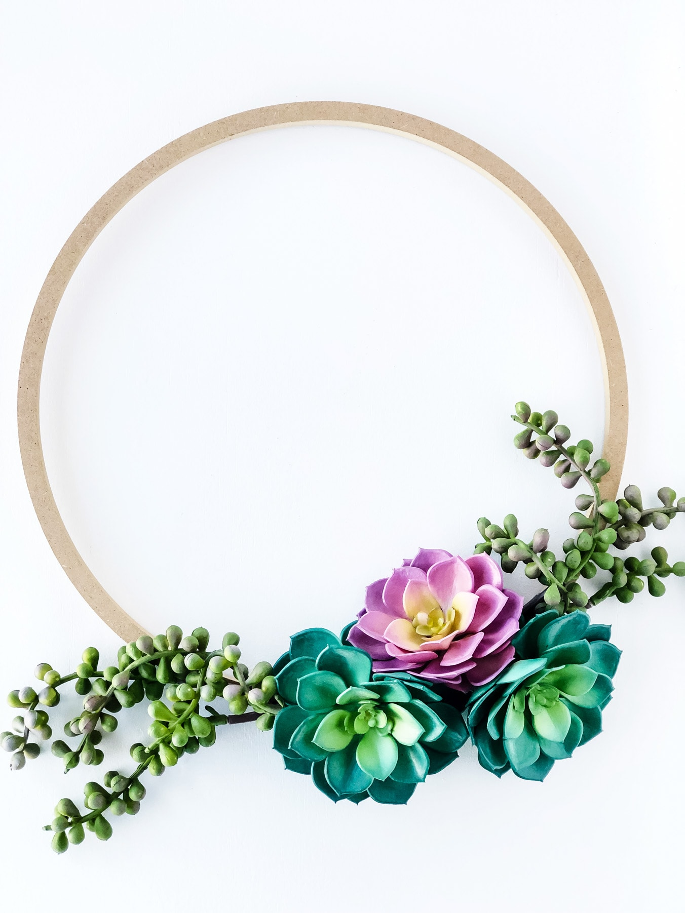 Simple Succulent Wreath For Spring A Pretty Life In The Suburbs