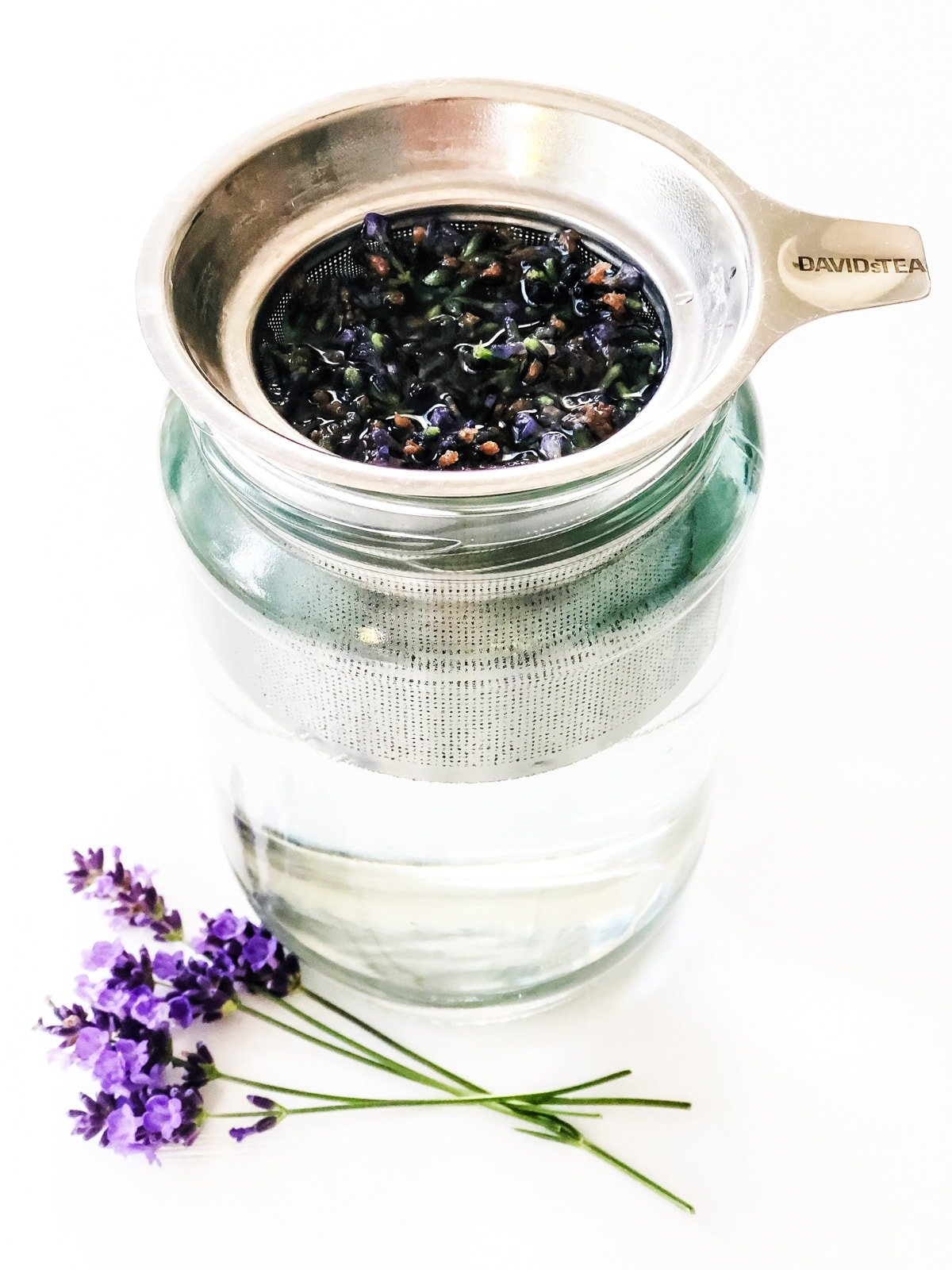 How to Make Lavender Tea