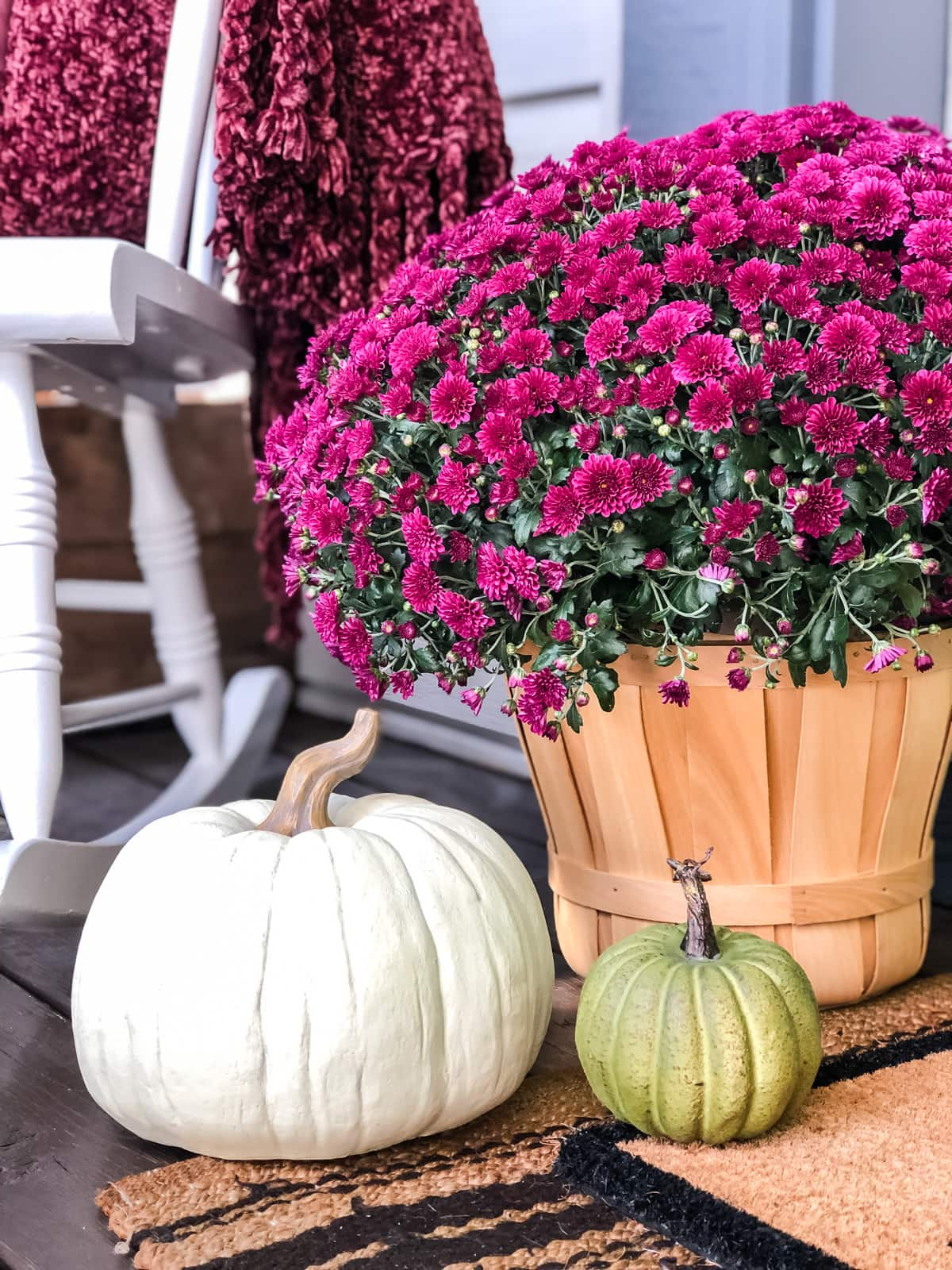 5 Tips to Create A Fall Porch