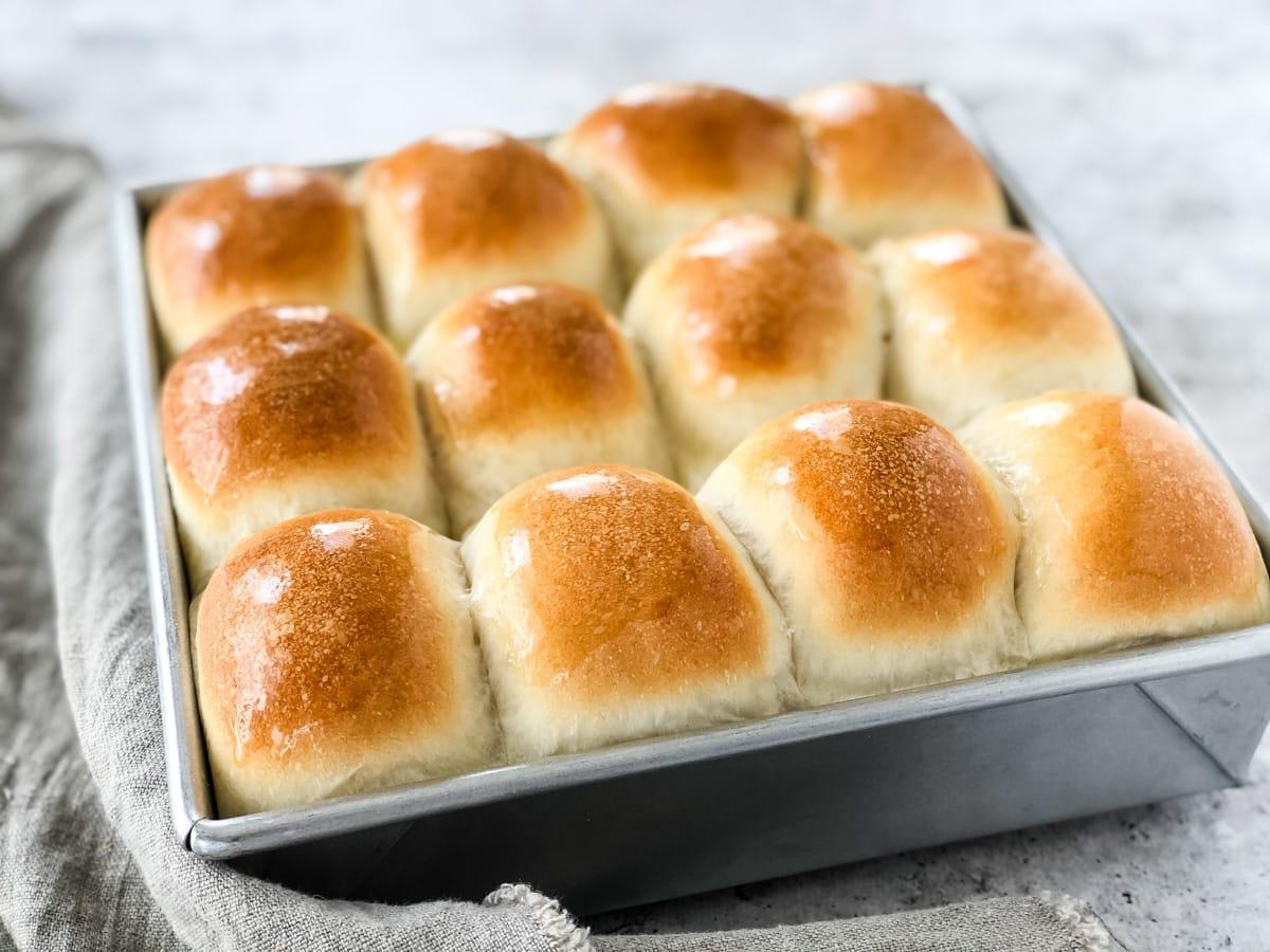 Homemade Bread Machine Dinner Buns