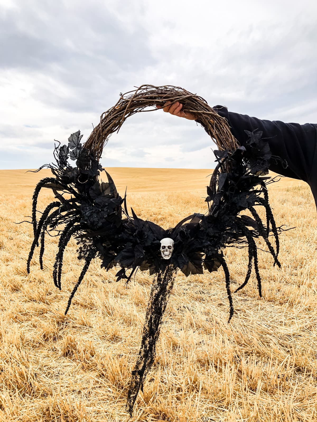 A black Halloween wreath